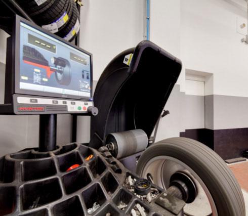 Gommista auto, pneumatici,converggenza,calibratura centro-assistenza hyundai kia opel milano