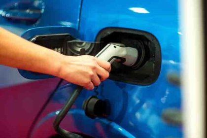 auto elettrica  Auto Elettriche Ibride officina eurocar srl milano 51 420x280  Auto Elettriche Ibride officina eurocar srl milano 51 420x280