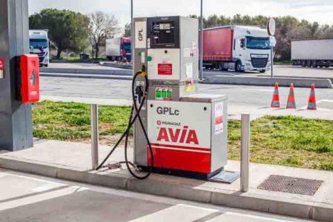 distributore gas auto  Impianti a Gas officina eurocar srl milano 71 480x320  Impianti a Gas officina eurocar srl milano 71 480x320